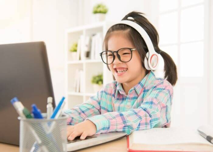 Teach English to Chinese children online
